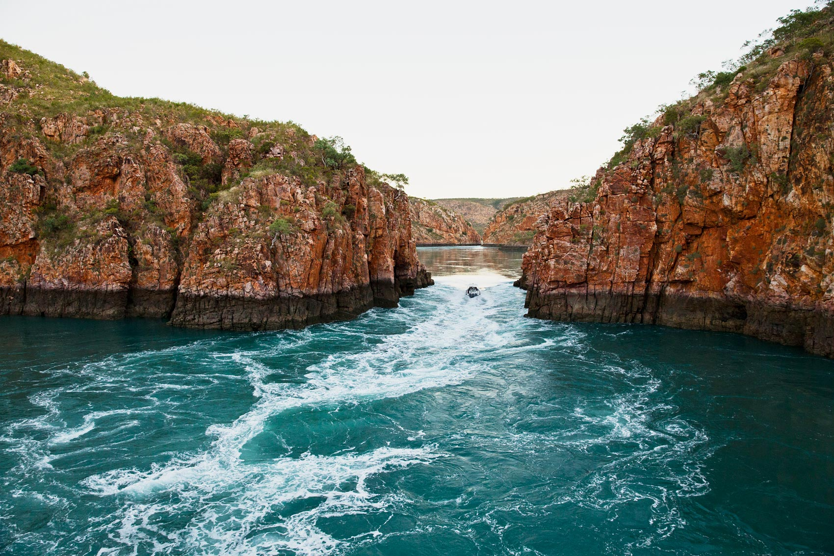 horizontal-falls-wide-angle-2